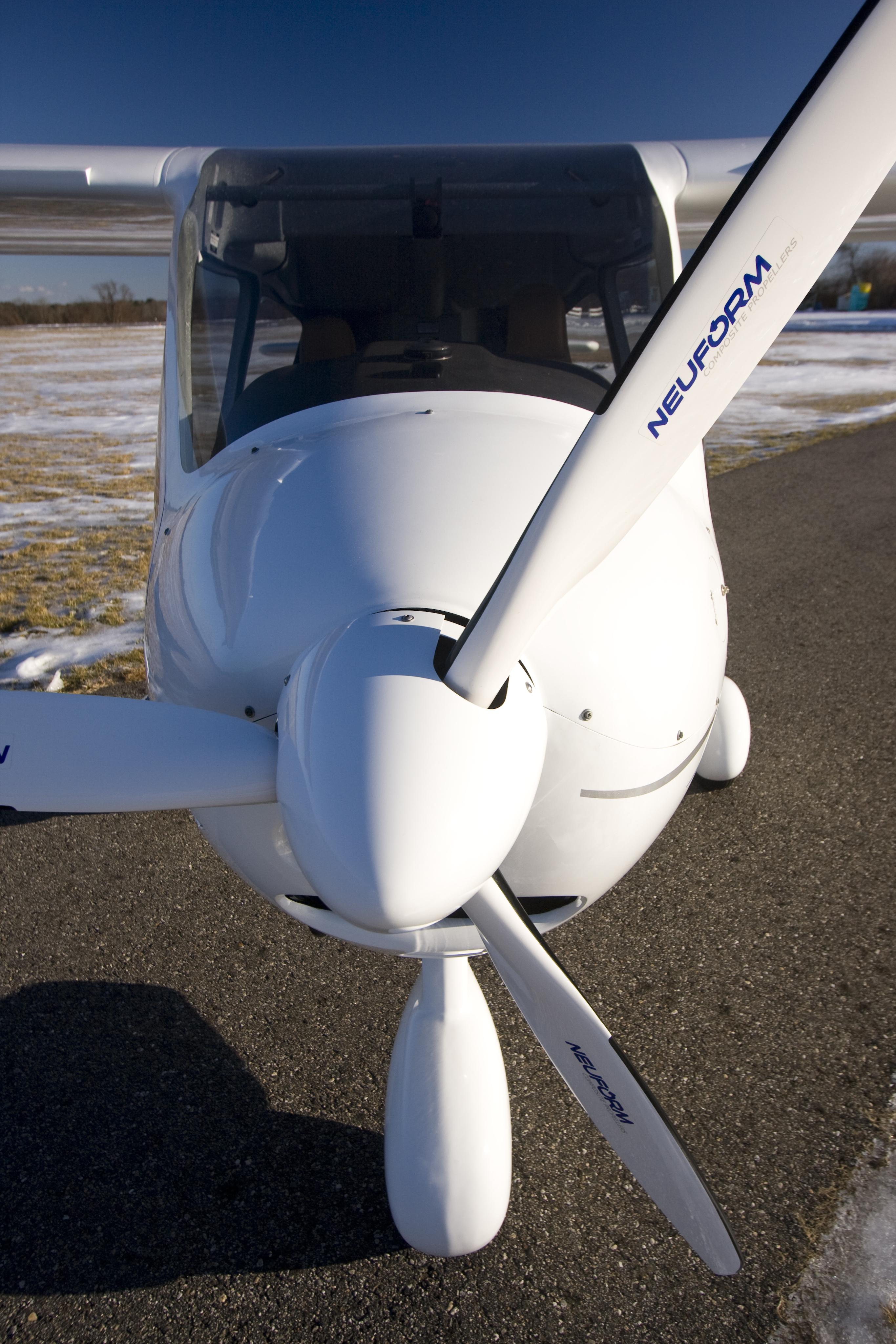 Close-up Neuform prop